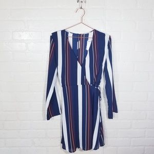 Lush size Medium NWT Wrap dress